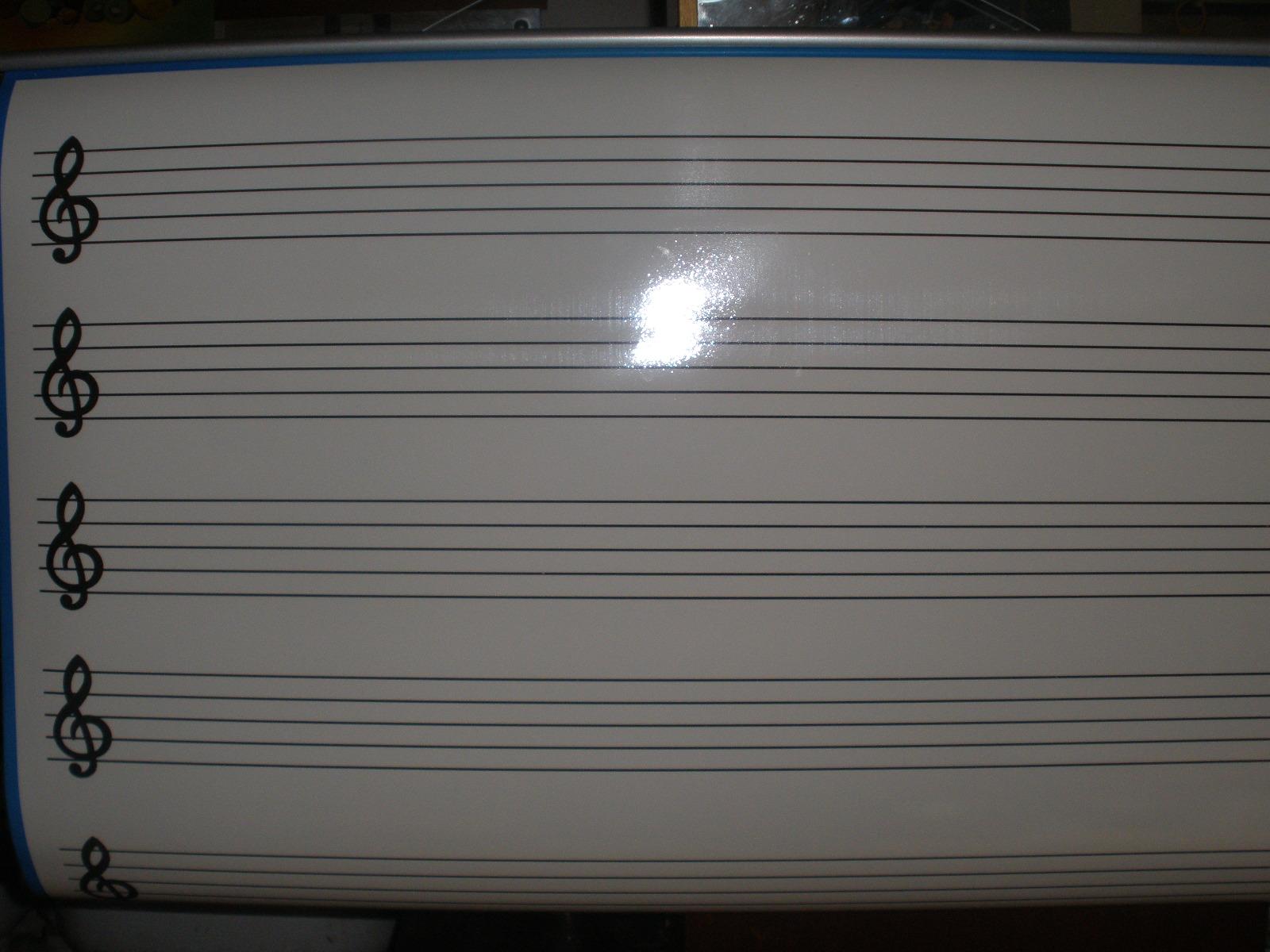 Biela notová tabuľa 100 x 75 cm,