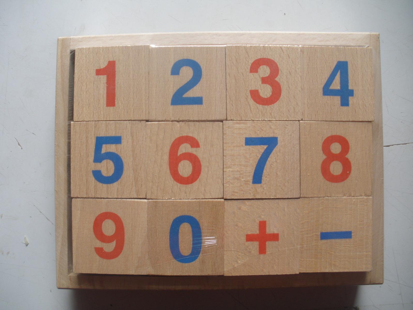 Farebné kocky (drevo) s číslami