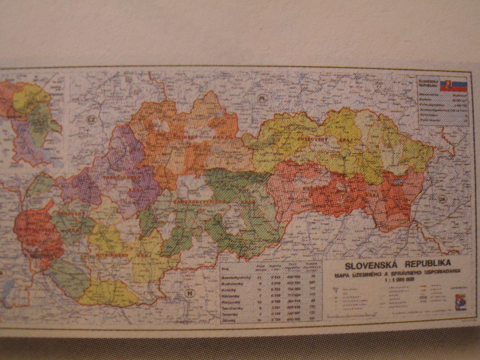 Žiacka mapa laminovaná: SR, Európy, všeob.-zemepis., 60 x 38 cm (min.odber 5ks)
