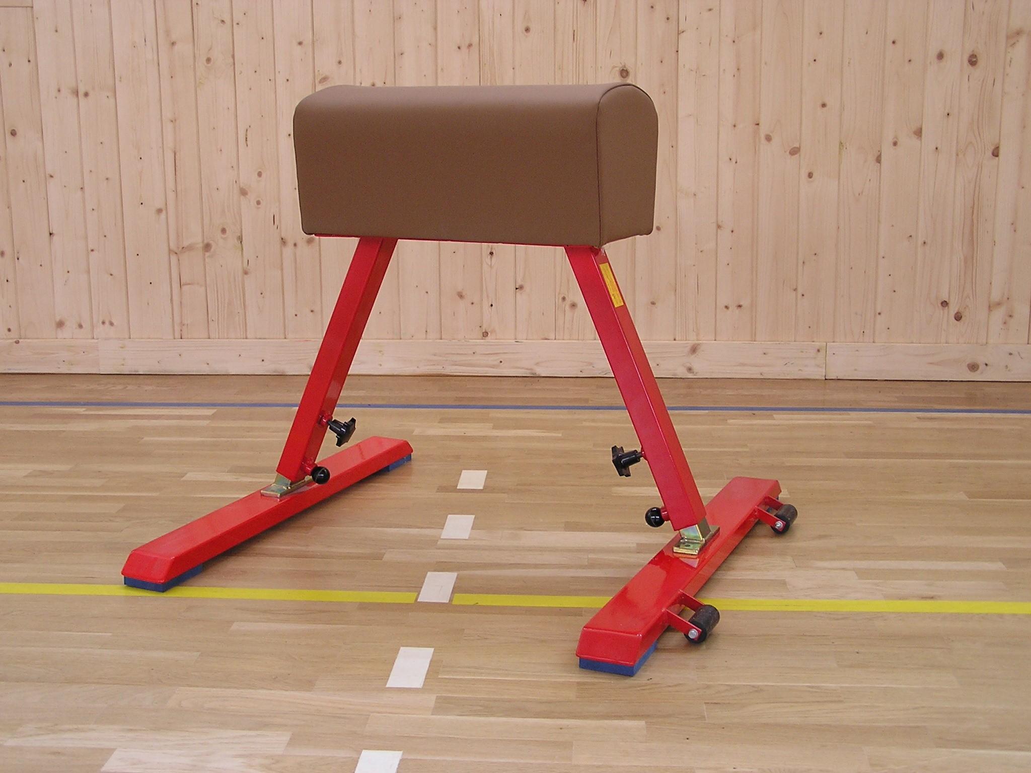 Koza telocvičná = pojazdná, nastaviteľná výška, koženka