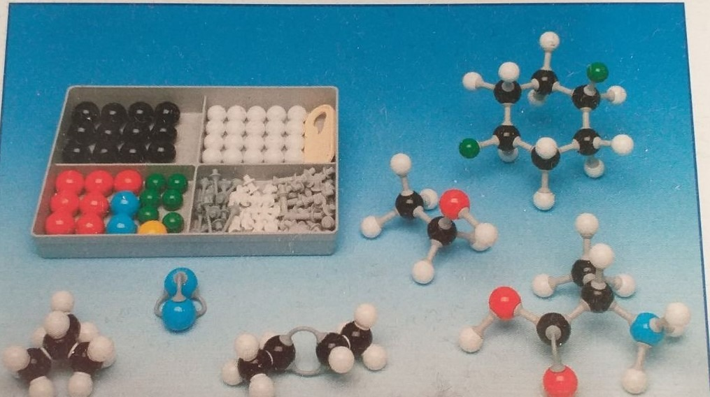 Kompaktná molekulová stavebnica- molekuly 1